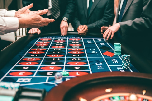 How to Beat the Casino How to Beat the Casino